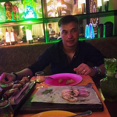 Александр Окладников