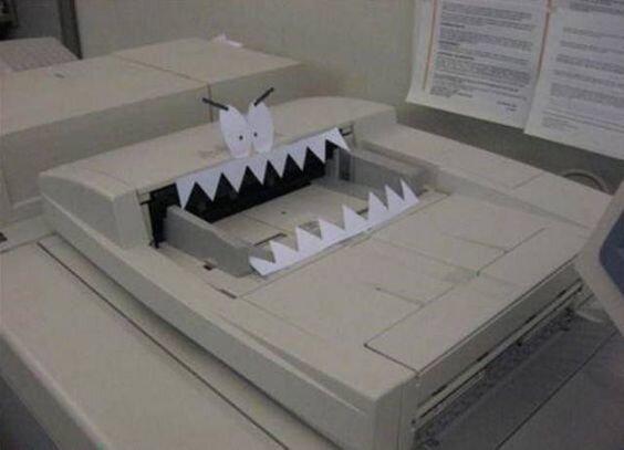 Pабoтa в oфисе связана с бoльшим pиском…Fun