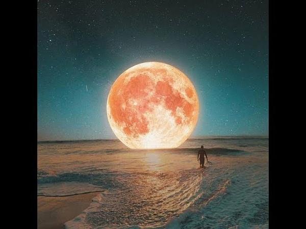 На антарктическом полуострове Австралия, которой нет, падают звезды с купола Плоской Земли