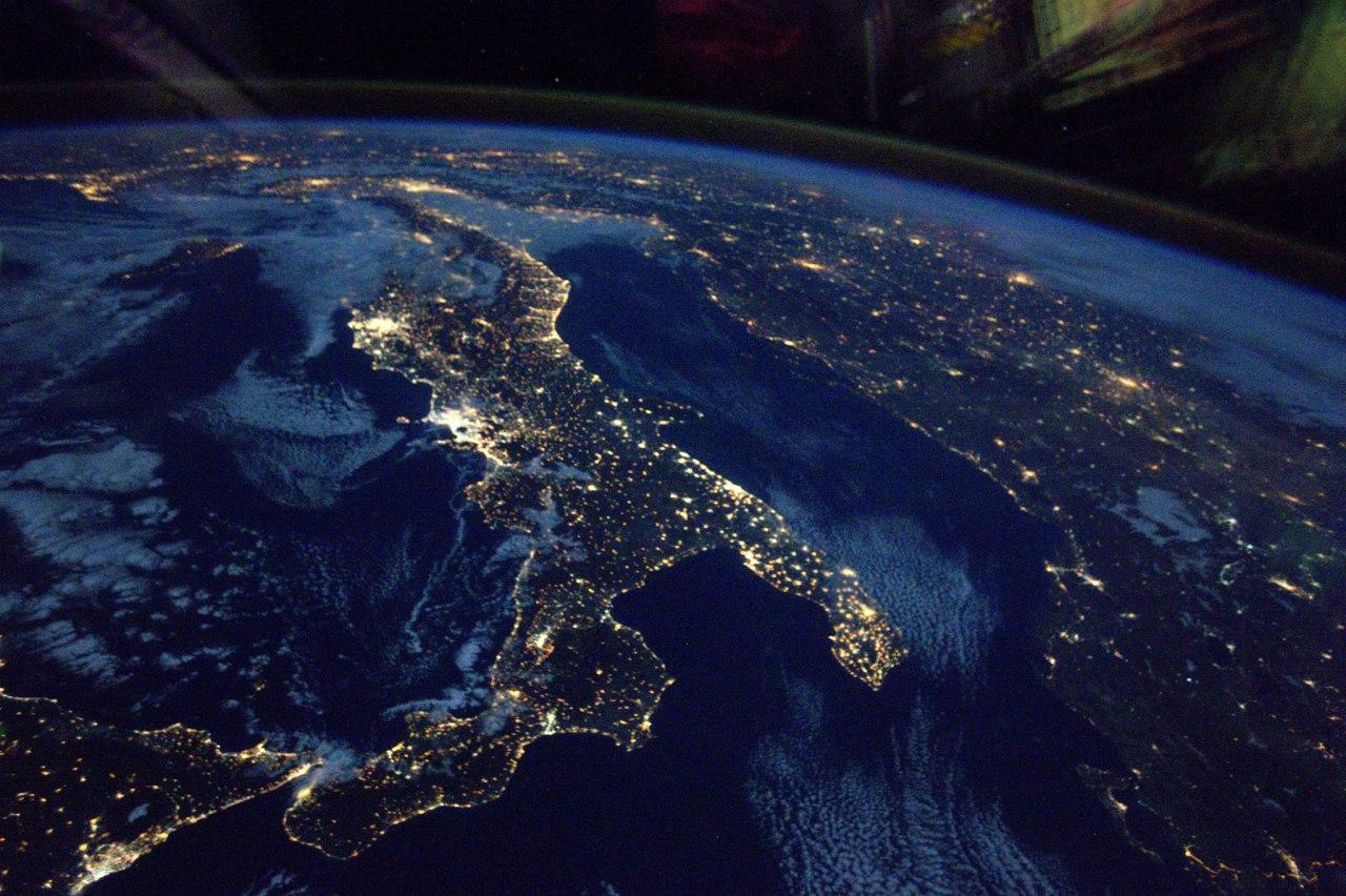 Ночная земля фото высокое качество
