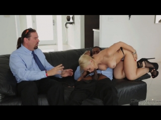 Sarah vandella, isiah maxwell - blonde wife gets revenge fuck bbc in front of chubby cuckold