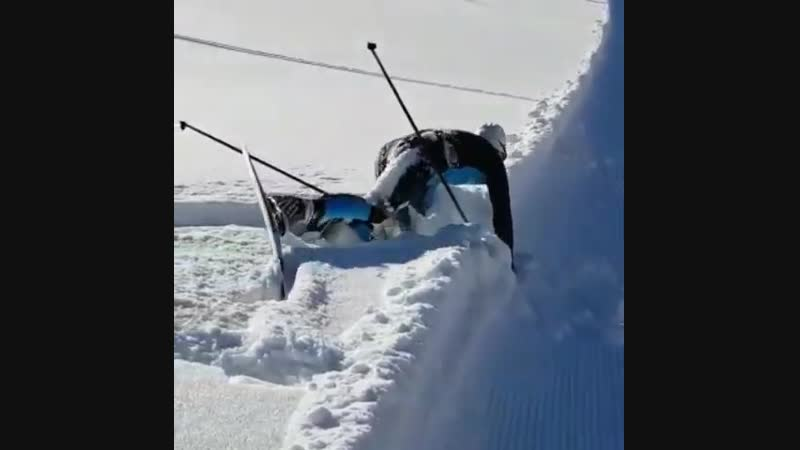 Уле Эйнар Бьерндален осваивает прыжки на лыжах