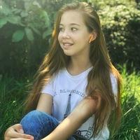 Вероника Лихачёва фото