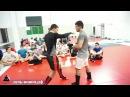 Базовые навыки бойца в стойке, прямые, боковые удары и уход от них  Урок 2