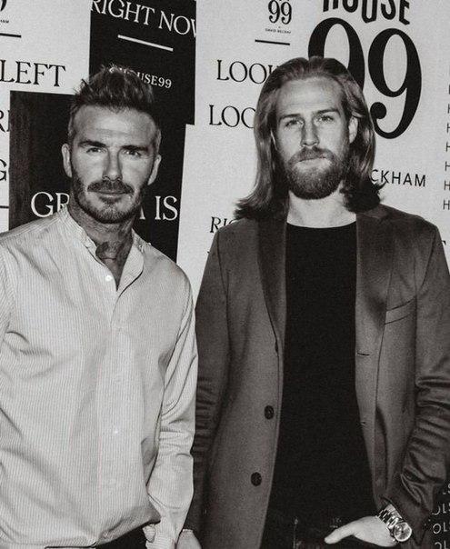 Страховой агент отрастил бороду по совету парикмахера и стал моделью
