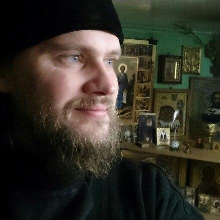 отец Ярослав