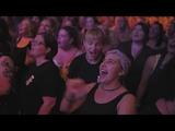 1500 strangers sing