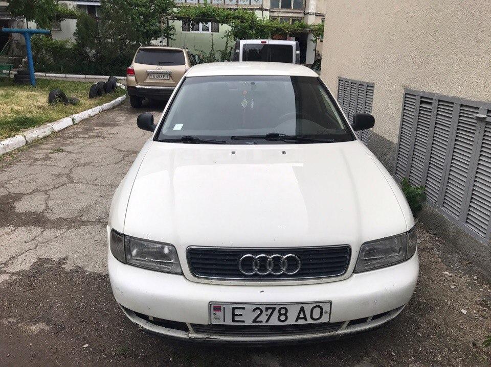 Audi a4 1996г. 1.8i