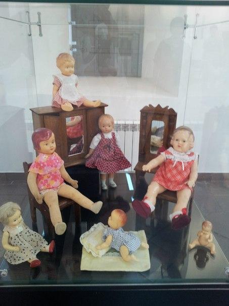 Семейство кукол