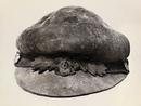 Эту шляпу, сделанную из волокнистой внутренней части гриба трутовика(Fomes fomentarius) …