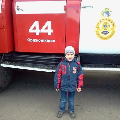 Артем Клоков, 27 июля 1997, Омск, id190685371