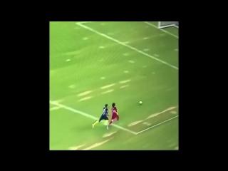 Joe Hart with a back heel nutmeg on Mohamed Salah