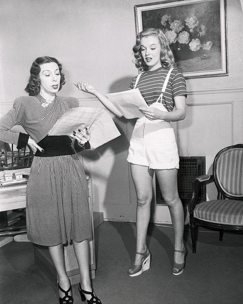 Процесс обучения Мэрилин Монро со своим педагогом по актерскому мастерству.