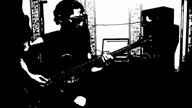 Black Winters _ Recording bass guitar for the new track