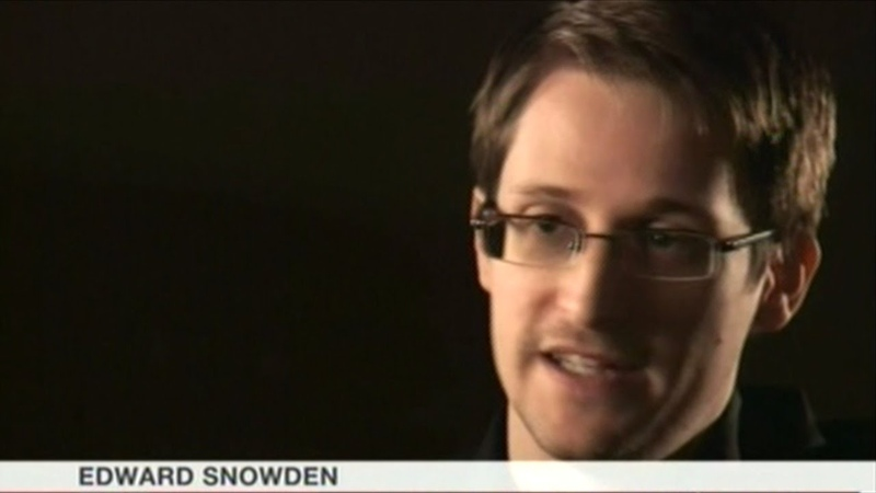 Snowden Says Government Can Access Everything On Your Cell Phone Even If It's Turned Off!