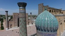 В Самарканде Руссо Туристо побывали на площади Регистан и в мавзолее покойного президента