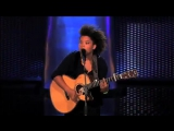 Julia van der Toorn - Oops!... I did it Again (The Blind Auditions - The voice of Holland)