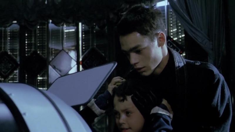 «За стеклом» (1987) - триллер, ужасы, драма. Агусти Вильяронга