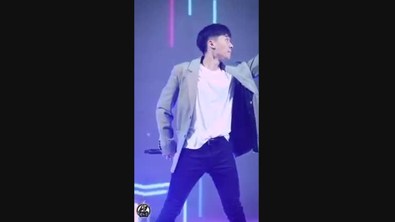 [Fancam] 180401 KT WIT Supporters Festival (TEENTOP ChangJo)