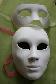 Как сделать маску на все лицо своими