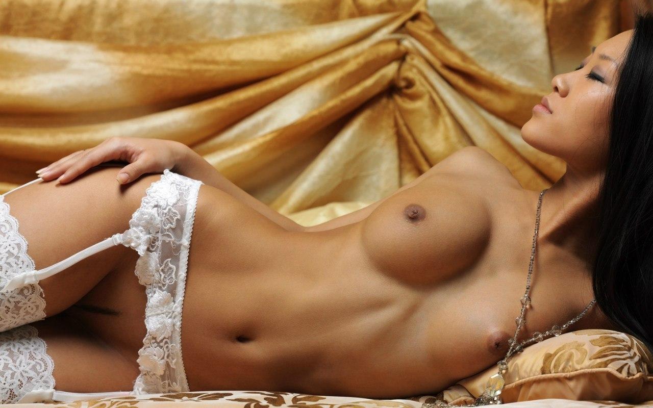 Эротические фото азиатских женщин 19 фотография