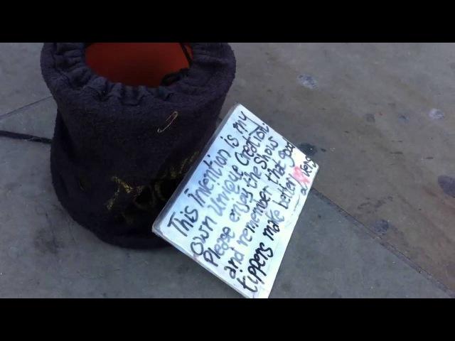 Юный диджей на улицах Лондона: уличный