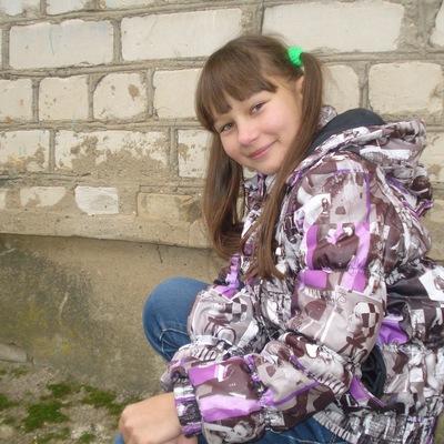 Алёна Шелоухова, 2 апреля 1999, Кострома, id214598660