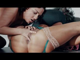 [Lesbians | Лесбиянки]Amara Romani, Raven Hart]Pussy Licking Ass Milf mature big tits]