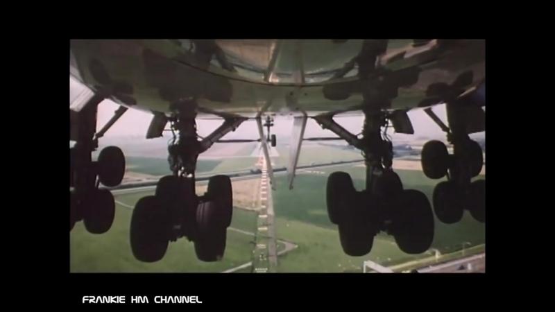 Landing Gear Camera flight landing wheel 747 landing gear retraction Plane
