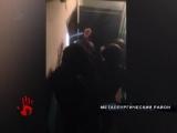 Полиция штурмом взяла квартиру, где он заперся и открыл газ на кухне.