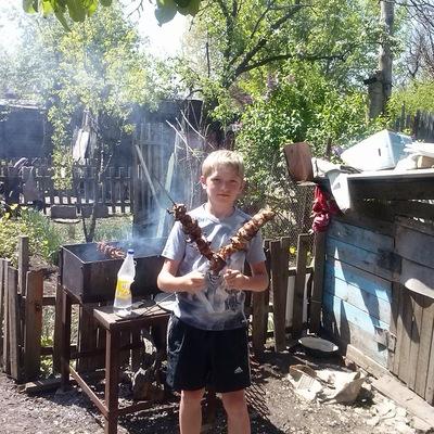 Андрей Дунаев, 8 сентября , Зверево, id157894427