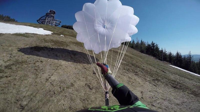 Paragliding crash -Dolní Morava (front stall to reserve)