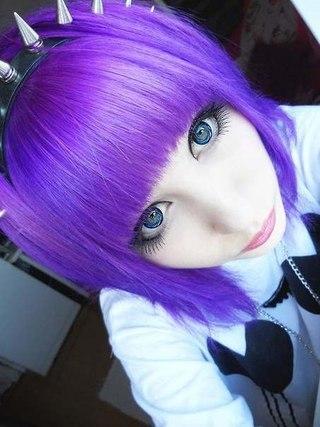 Аниме герои с фиолетовыми волосами