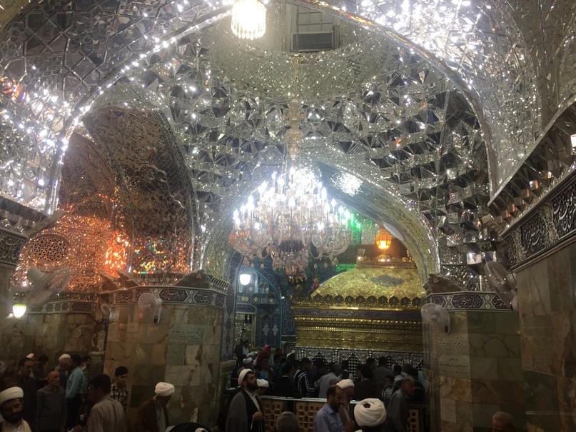 Мавзолей в Коме. Путешествие в Иран