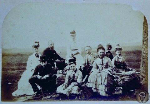 Историки обнаружили одну из первых в истории фотографий Стоунхенджа