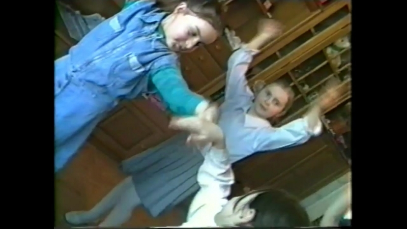1999г., Уфа, Дуванский бульвар. А теперь - танец.