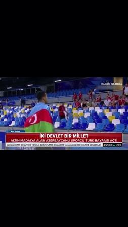 """""""Azerbaycanlı sporcu iki devlet bir millet'' sözünün doğruluğunu bir kez daha gösterdi. Napoli'de üniversite yaz oyunla..."""