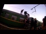 Удар током на крыше поезда Эр2