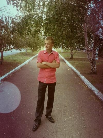Влад Сирман, 19 мая , Днепропетровск, id132575202
