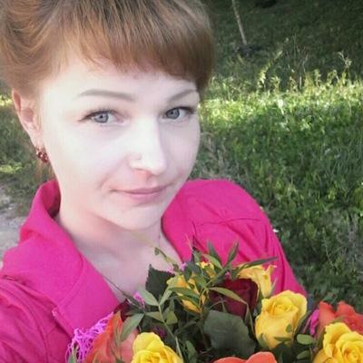 Оля Савельева-Максимова
