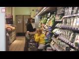 Джессика и Хэйвен в Whole Foods (10 марта 2019)