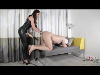 Julia skyhigh [mistress leather femdom anal facesitting strap on latex fetish bdsm bondage hardcore]