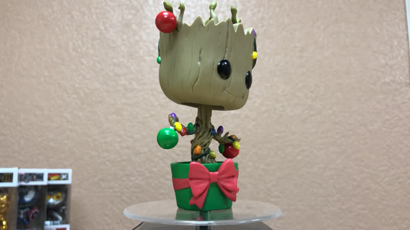 Funko Bobble Marvel Holiday Groot w Lights Ornaments