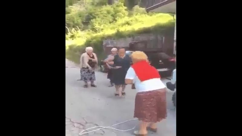 _Как зажигают Бабушки-старушки