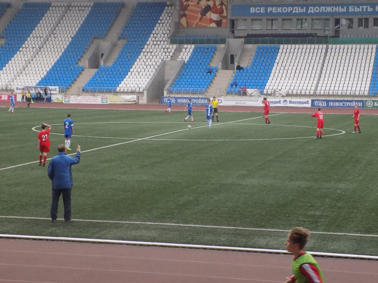 Команды СШ «Витязь» 2002 и 2004 г.р. в 16 туре Первенства России одержали две победы