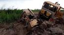 К-700, К-701 Кировец в грязи по самую раму! Тяжелая это работа тащить К-700 из болота! Подборка