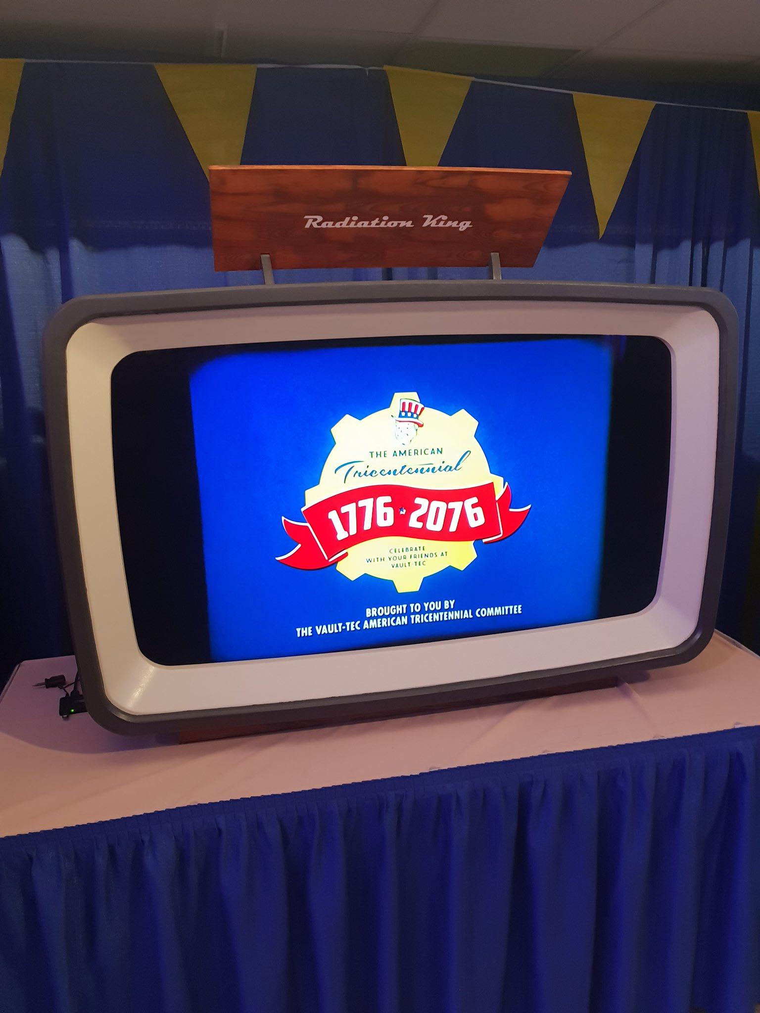 В отеле Гринбрайер а именно в военном бункере под ним, проходит презентация Fallout76