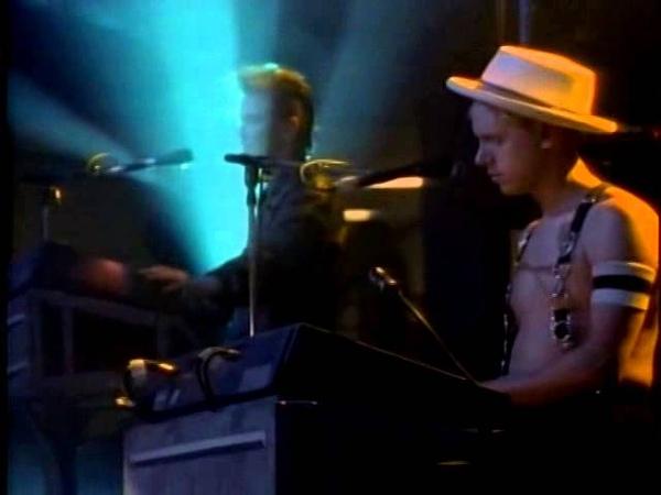 Depeche Mode - Black Celebration [Rose Bowl Concert]