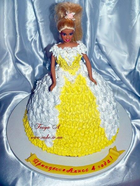 Торт кукла украшение взбитые сливки