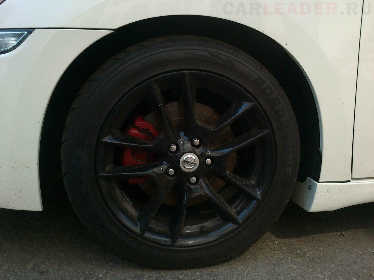 Шины Roadstone 245/45R18 Nissan